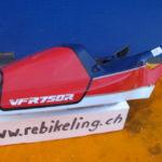 VFR750R RC30 77236-MR7-600ZA Verschalung Verkleidung Heckverkleidung Heck Sitz H2